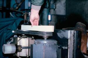 view Milking machine: checking pulley alignment