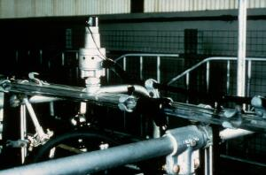 view Milking machine: electric master pulsator