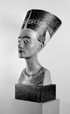 view Figure of Ancient Egyptian, Nefertiti