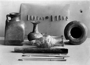 view Contents of grave of a Greek Aural doctor, ca. 3rd century