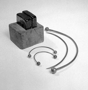 view Apparatus used by Galvani