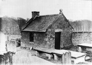 view Watchhouse at Peterculter graveyard, Aberdeenshire.
