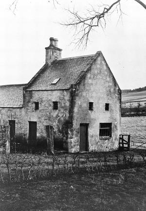 view Watch-house at Lumphanan graveyard, Aberdeenshire.