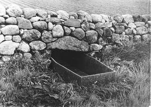 view Mortsafe in graveyard at Durris, Aberdeenshire.