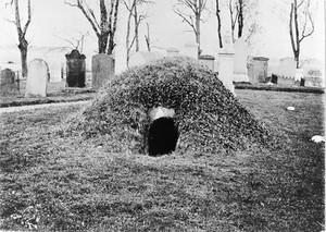 view Subterranean vault in graveyard at Belhelvie, Aberdeenshire