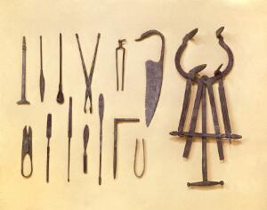 view Graeco-Roman surgical instruments.