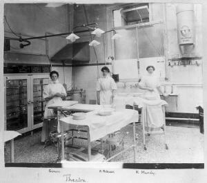 view St Bartholomew's Hospital, Operating theatre with nurses.