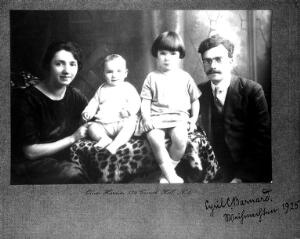 view Photograph of C.C. Barnard and Family