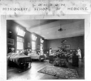 view London Missionary School of Medicine: a men's ward. Photograph.