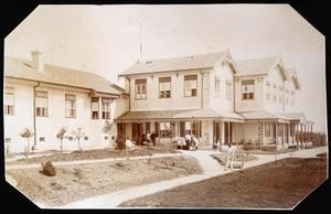 view Highlands of Brazil Sanatorium, São Paulo: exterior. Photograph.