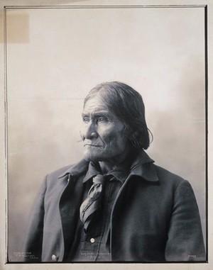 view Geronimo, the Apache chief. Platinum print by F.A. Rinehart, 1898.