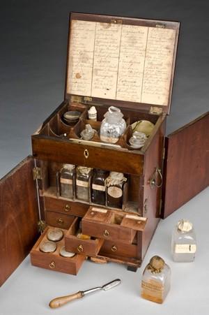 view Mahogany medicine chest, England, 1801-1900