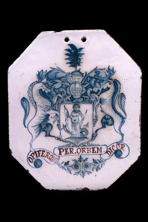 view Octagonal pill tile, England, 1751-1800