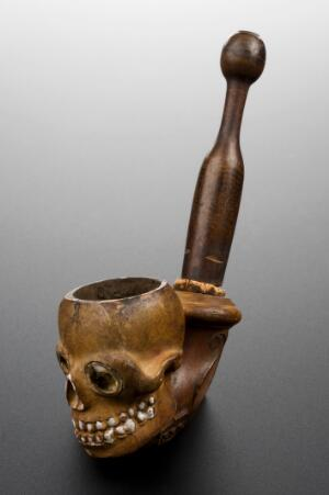view Clay tobacco pipe, Paris, France, 1840-1910