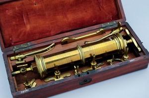 view Anatomical syringe set, cased, London, England, 1810-1872