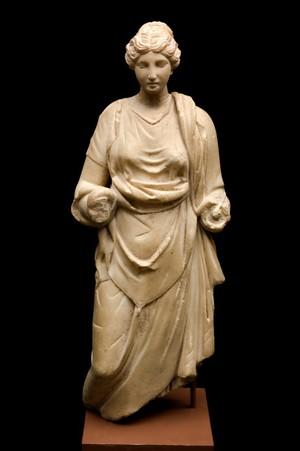 view Statue of the goddess Hygeia, Roman, 100 BCE - 100 CE