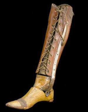 view Artificial right leg, Europe, 1891-1930