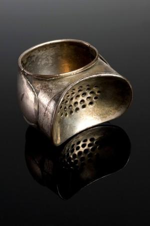 view Maddox-type chloroform inhaler, London, England, 1847-1900
