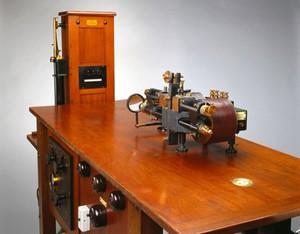 view Thomas Lewis' electrocardiograph, Cambridge, England, 1930