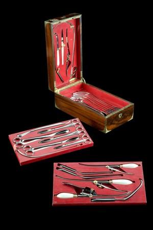 view Lithotomy set, Paris, France, 1820-1860