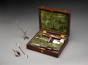 view Trephination set, cased, London, England, 1771-1800