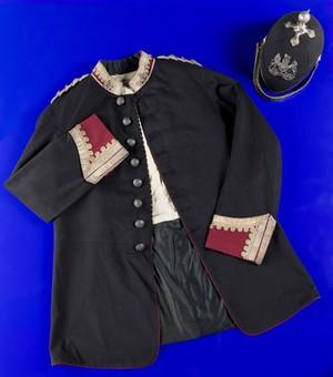 view Dr Beaston's medical officer uniform, United Kingdom, 1898-1