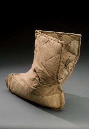 view Padded canvas boot, Austria, 1914-1918