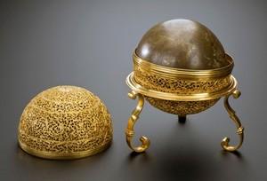 view Oval goa stone, Europe, 1601-1800
