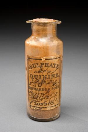 view Quinine sulphate bottle, London, England, 1860-1910