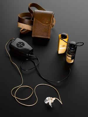 view Medresco portable hearing aid, England