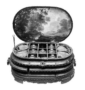 view Naval medicine chest