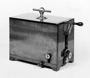 view Electromagnet apparatus, circa 1848