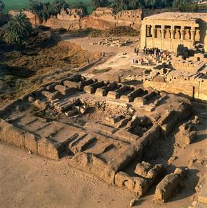 view Upper Egypt, temple at Dendara, 1989