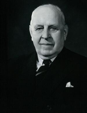 view Sir Philip Henry Manson-Bahr. Photograph by Michieli, 1956.