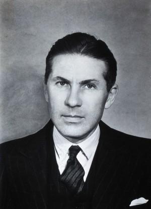 view Frederick Murgatroyd. Photograph.