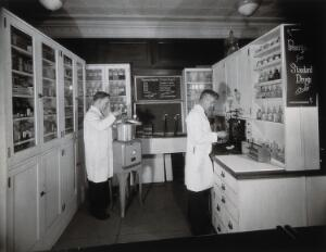 view Philadelphia College of Pharmacy and Science: students preparing medicine. Photograph, c. 1933.
