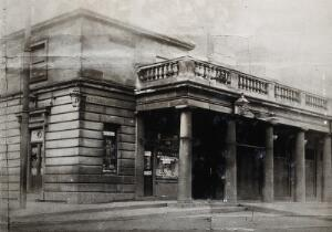 view The old Herb Shop in Covent Garden. Photograph, 1922.
