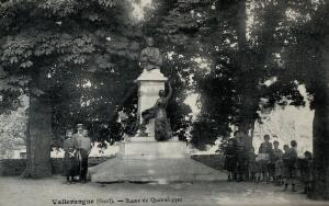 view Jean-Louis-Armand Quatrefages de Breau, French naturalist: his statue in the public gardens in Vallerangue, France. Photographic postcard, 1900/1910.